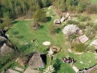 Dorfplatz aus der Vogelperspektive